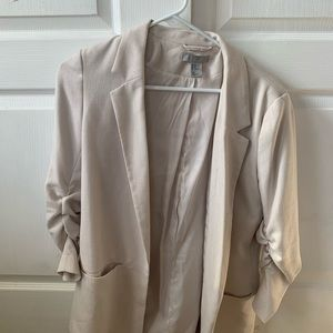 h&m cream colored blazer